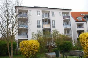 Außergewöhnliche 2 Zimmer Wohnung mit Südbalkon